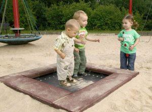 trampolin_s_2001G